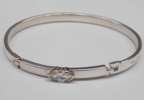 Solid silver bangle-hinged clasp