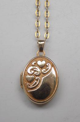 "9ct Gold locket on 17"" gold chain"