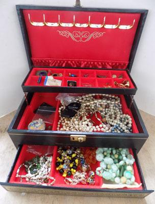 Large jewellery box of costume jewellery, silver & gold