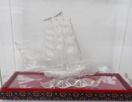 Handmade 925 sterling silver ship in case