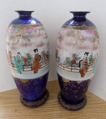 2x Large hand painted Oriental vases