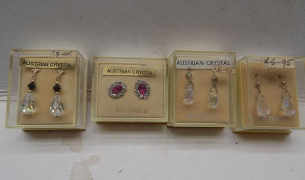 4x Pairs of 9ct gold ear rings
