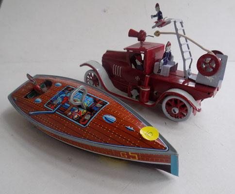 Tin wind up boat & tin fire engine