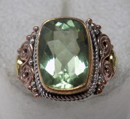 925 Silver & yellow metal 6ct Green Amethyst ring