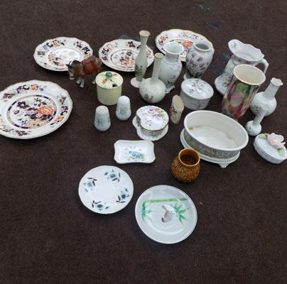 Selection of collectable ceramics