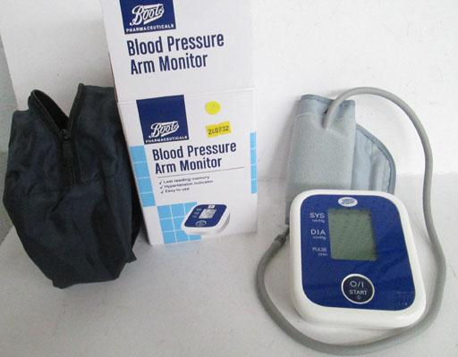 Boots blood pressure arm monitor & instructions