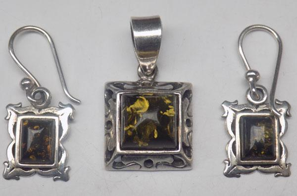 Sterling 925 silver and amber pendant and earrings