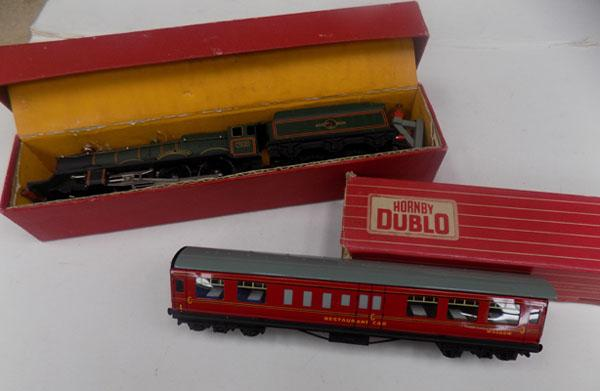 2x Hornby trains in boxes