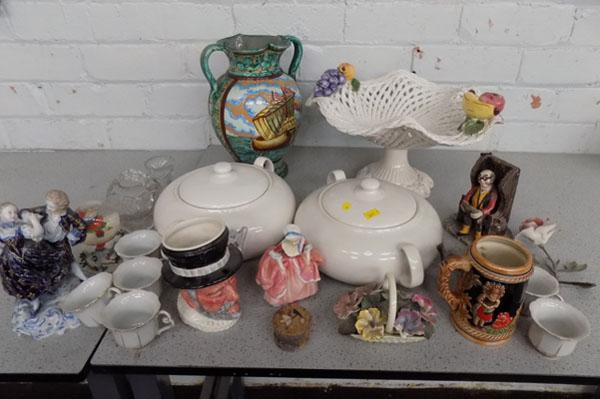 Box of ceramics inc Royal Doulton