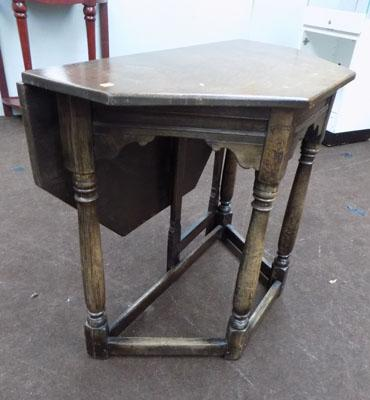 Folding occasional hall table