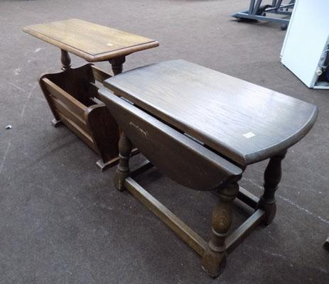 2x Small Oak tables