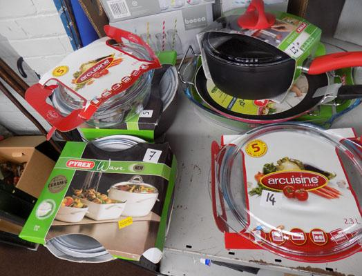 Job lot of Pyrex etc