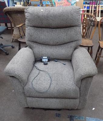 Recliner chair (lift & massage)