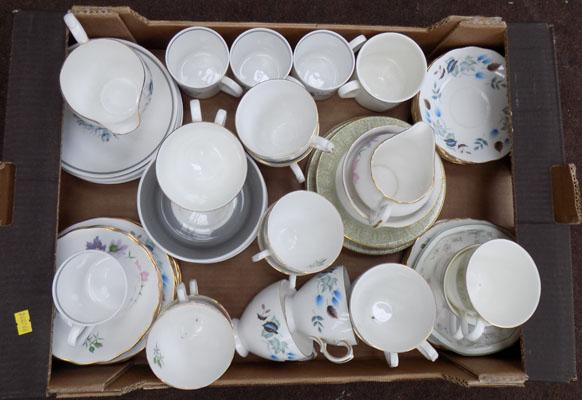 Box of china cups & saucers