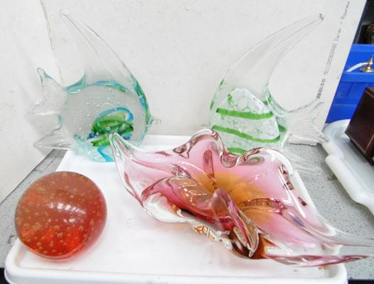 Tray of glass items