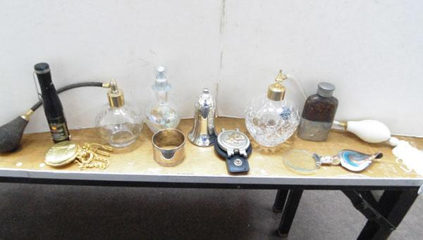 Tray of collectable mixed items