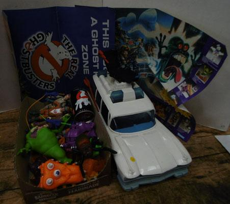 Ghostbusters Ecol car & figures/ghosts