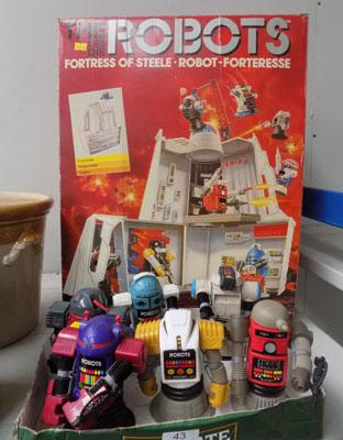 Robots Force fortress & figures