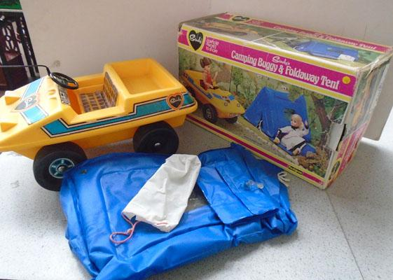 Vintage Sindy buggy and tent