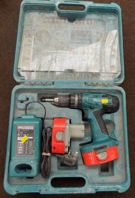 Makita 18v cordless with all accessories, 2 batteries, charger w/o