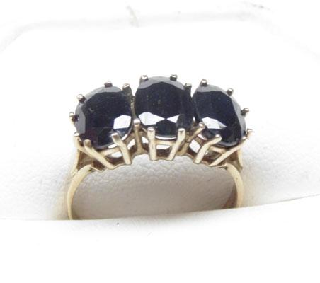 9ct Gold large Sapphire trilogy ring size P