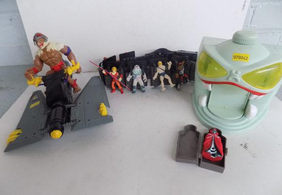 Thundercats  80's belt with miniatures/accs, figure and vehicle and tomb with coffin and figure