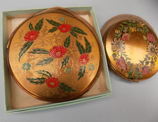 2x Vintage compacts