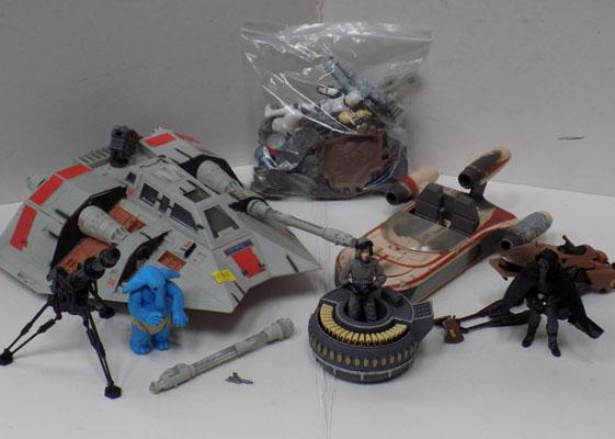 Collection of Star wars figures, space ships & weapons