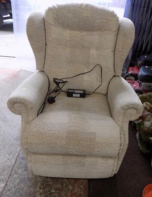 Sherbourne reclining chair with battery back up