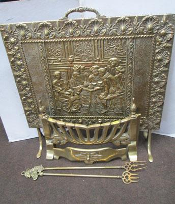 Brass fire screen, fire front & 2 toasting forks
