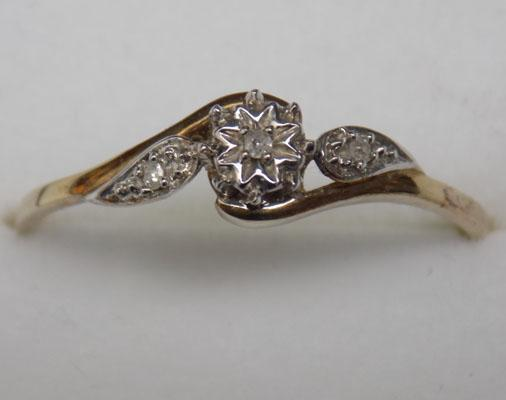 9ct Gold Diamond solitaire ring size V1/2