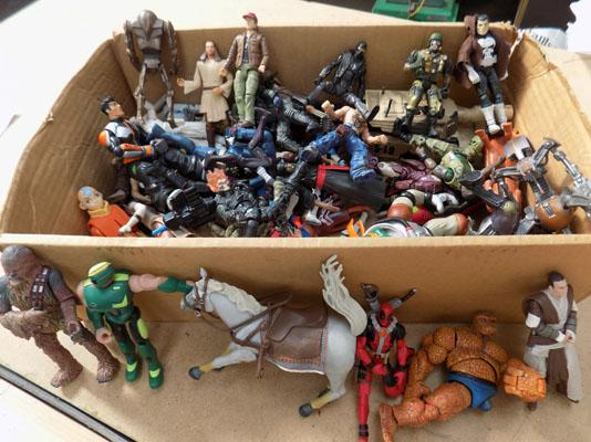 Mixed lot of action figures-GI Joe, Marvel, DC, Star Wars etc