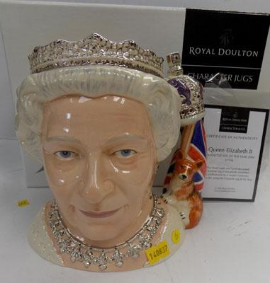 Royal Doulton character jug Queen Elizabeth 11D7256  - character jug of the year 2006