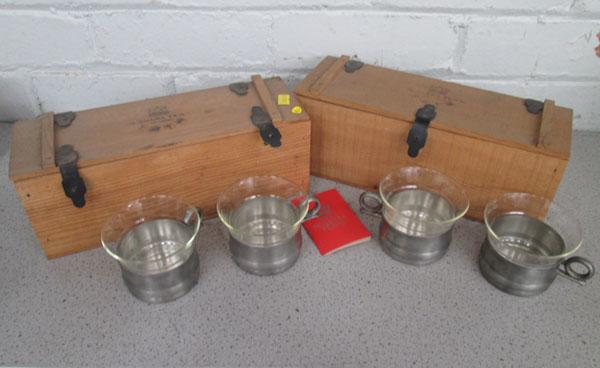 2x Cases with 2 Scandinavian drinking cups