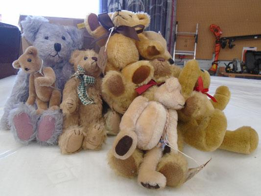 Box of collectable mohair bears