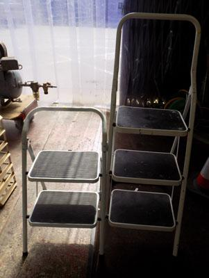 2x Sets of step ladders