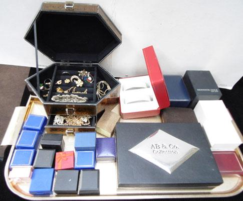 Tray inc jewellery box & contents, display boxes