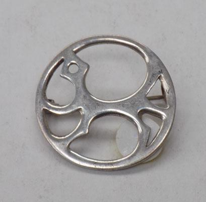 Silver stylized dog brooch by Karasjok of Norway 1970