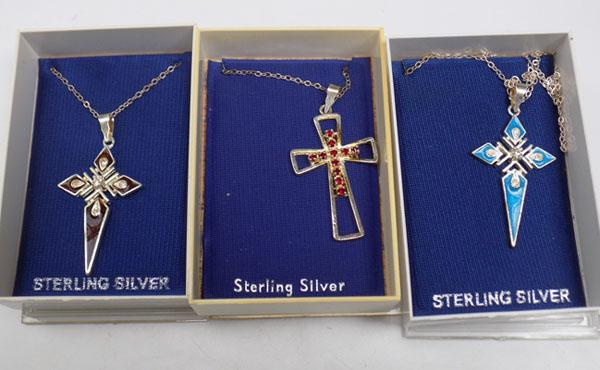 3x Silver cross necklaces