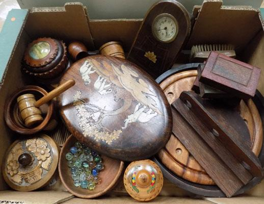 Box of wooden trinket boxes & collectable treen