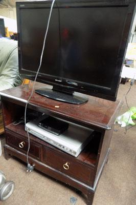 TV/DVD unit etc