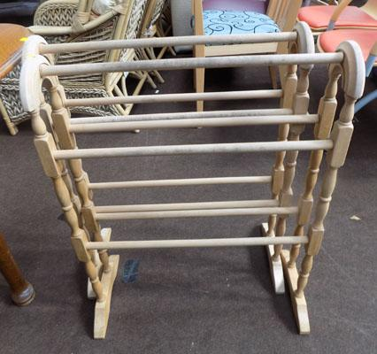 2x Pine towel rails