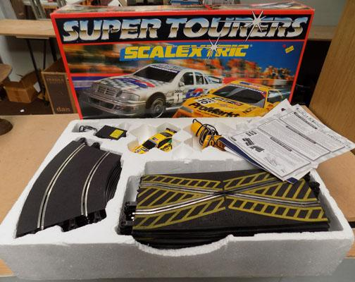Boxed Scalextric set (Super Tourers)