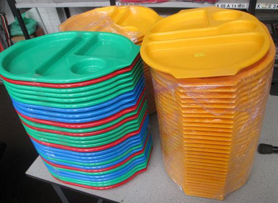 Job lot of plastic dinner trays