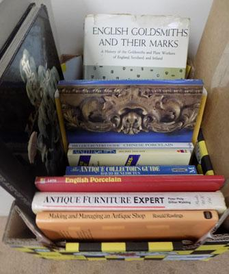 Selection of books on Lladro & other antiques