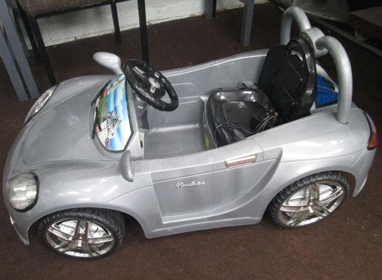 Battery operated childrens car
