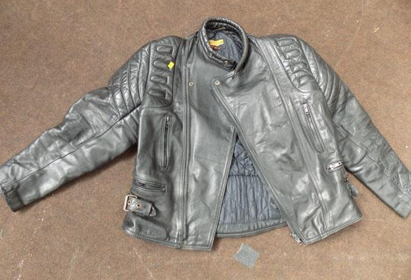 Leather motorcycle jacket (size 44)