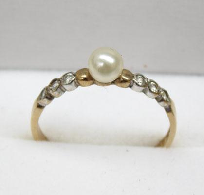 9ct Gold Solitaire Pearl ring size M