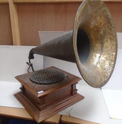 Old windup Gramophone with large trumpet