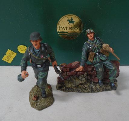 "Patriot Panzer Grenadiers ""For Another Cross"" figures"